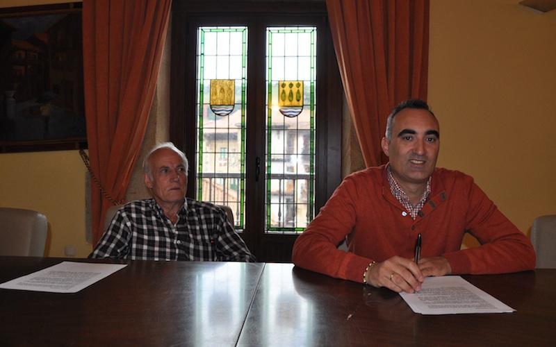 Nicanor Barrada eta Jose Angel Sanchez, Lezoko pleno aretoan