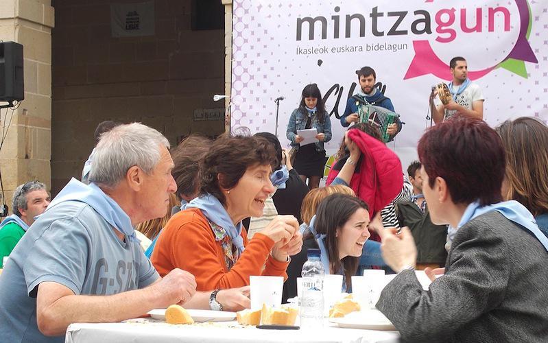 Iazko Mintzagun Jaia Oiartzunen egin zuten.