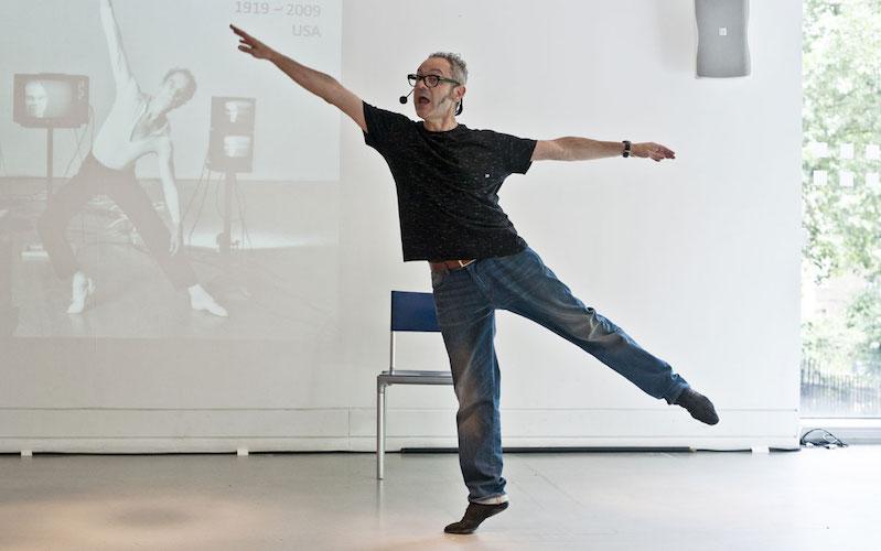 Toni Jodarrek hitzaldi dantzatua emango du.