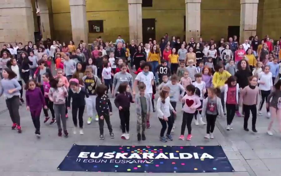 euskaraldia flashmoba oiartzun